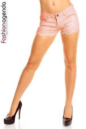 Pantaloni Scurti Somon cu dantela aplicata in partea din fata Ginny