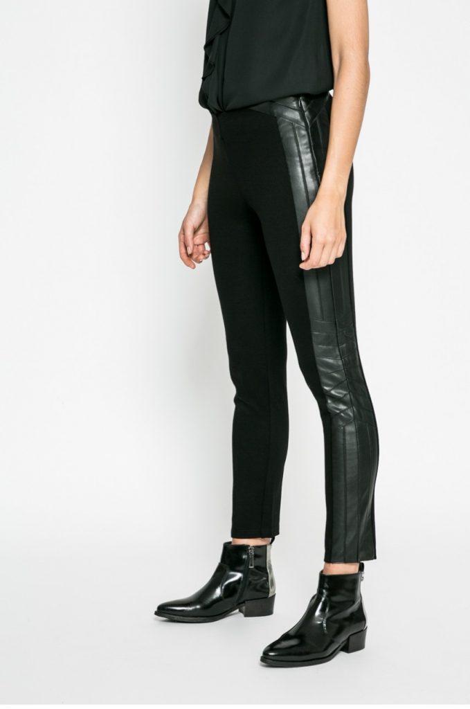 Pantaloni negri cu Banda elastica in talie Silvian Heach.