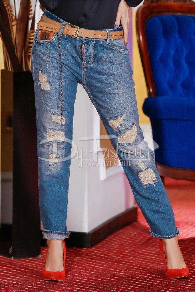 Jeans Blue Dora in nuante de albastru cu rupturi si curea in talie