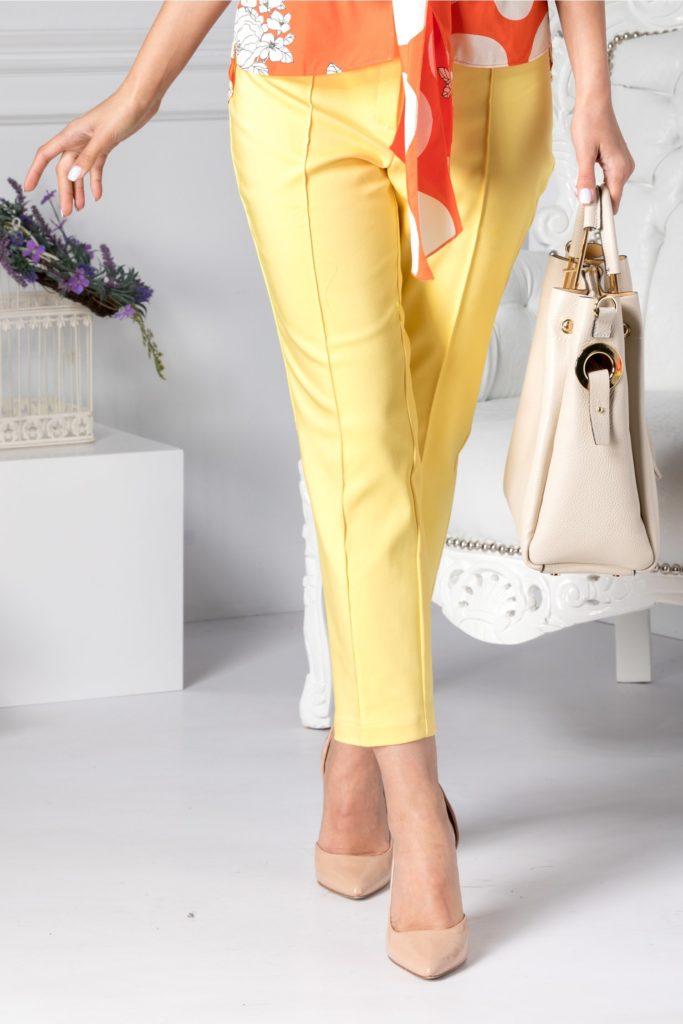 Pantaloni galbeni office cu aspect conic si buzunare false cu o insertie tip fundita pe talie Dalida