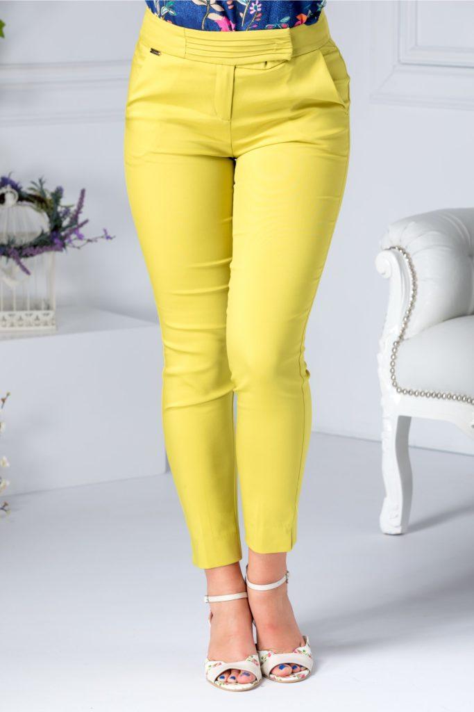 Pantaloni vernil cu aspect conic si buzunare discrete cu talie inalta in design petrecut Nicola