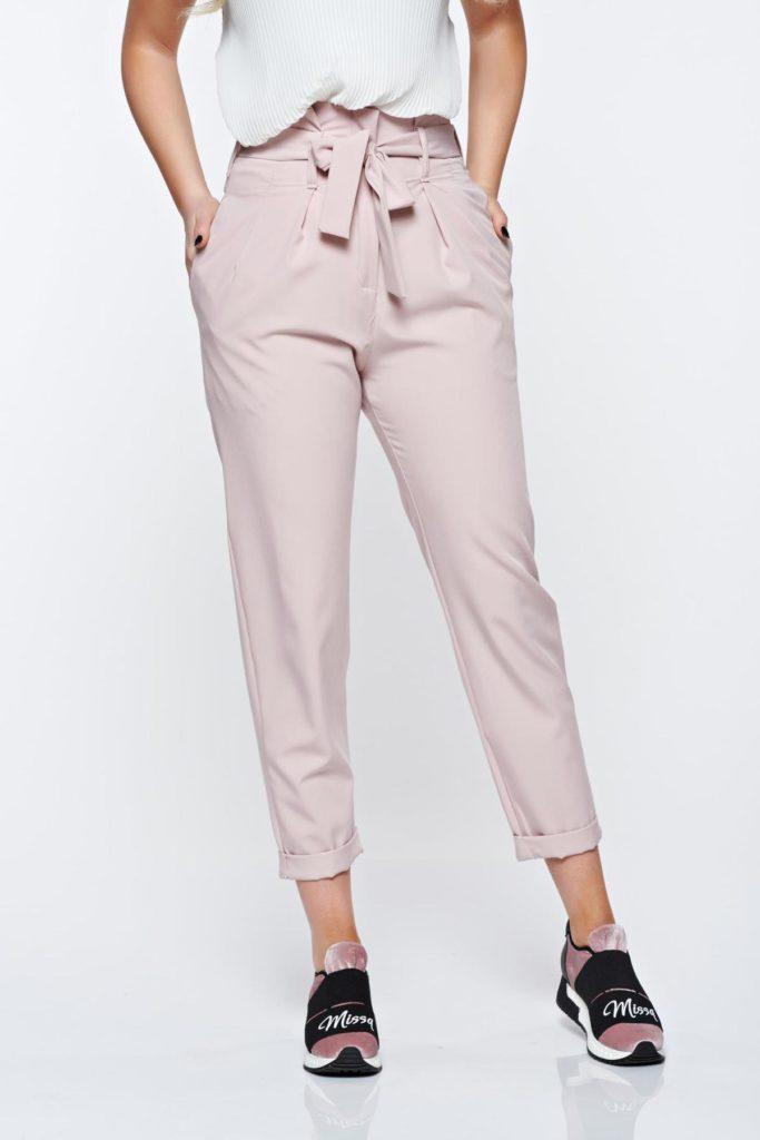 Pantaloni SunShine rosa moderni cu croi lejer si talie inalta deosebit de placuti la purtare
