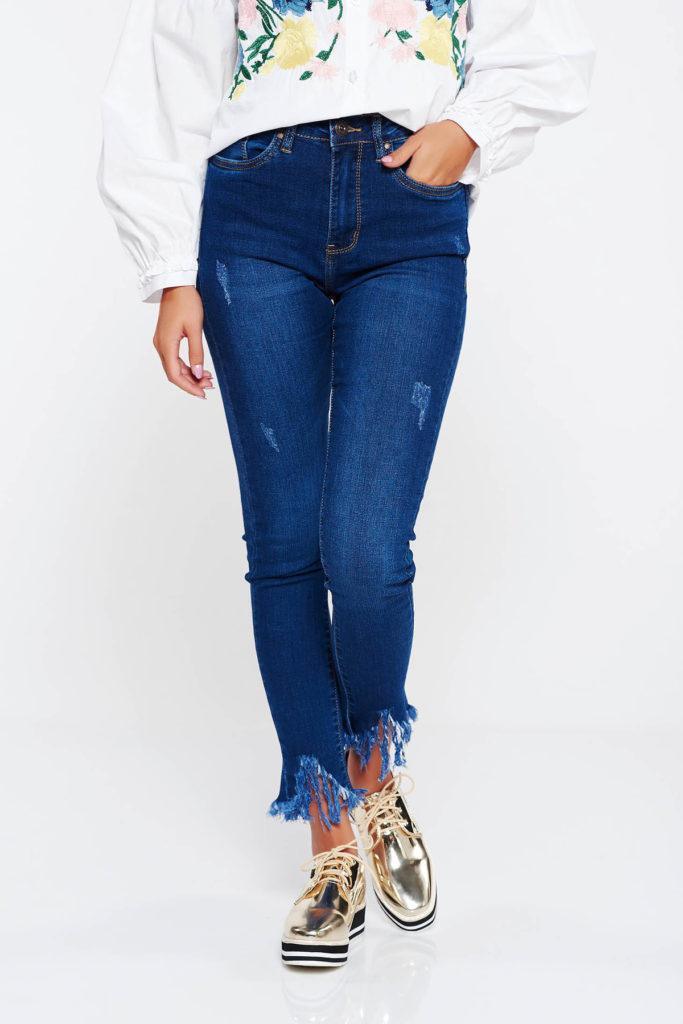 Blugi albastru inchis skinny de dama cu talie medie din bumbac calitativ usor elastic cu rupturi