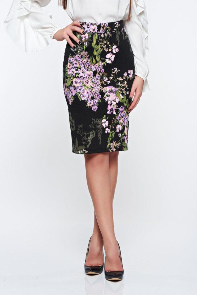 Fusta lila cu imprimeuri florale pentru office cu croiala in stil creion PrettyGirl