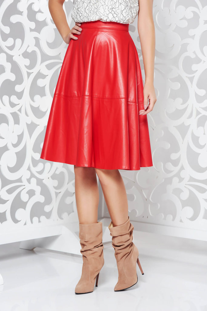 Fusta rosie versatila si eleganta din piele ecologica cu talie inalta si croiala in clos StarShinerS