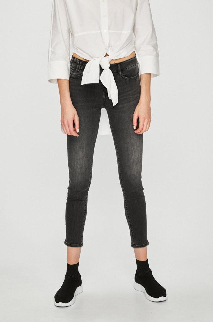Jeansi negri skinny elastici din colectia Miss Sixty pentru femei stilate