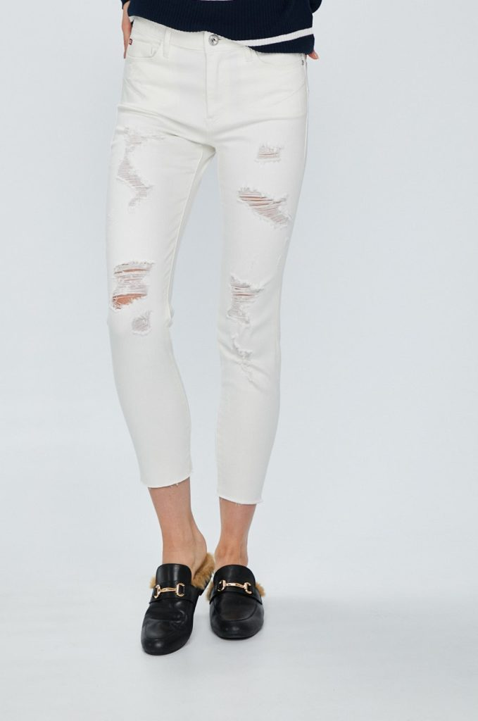 Blugi elastici de dama Miss Sixty albi cu croiala skinny si talia medie cu Uzuri decorative realizati din Denim elastic