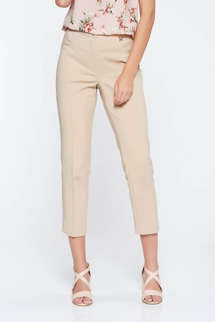 Pantaloni crem eleganti sau office la dunga fabricati din stofa subtire si Croi drept cu talie medie