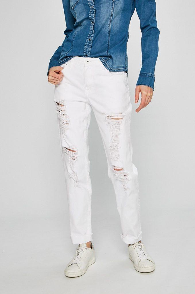 Blugi drepti albi marca Pepe Jeans cu talia nomala realizati din denim spalacit foarte lejeri si comozi