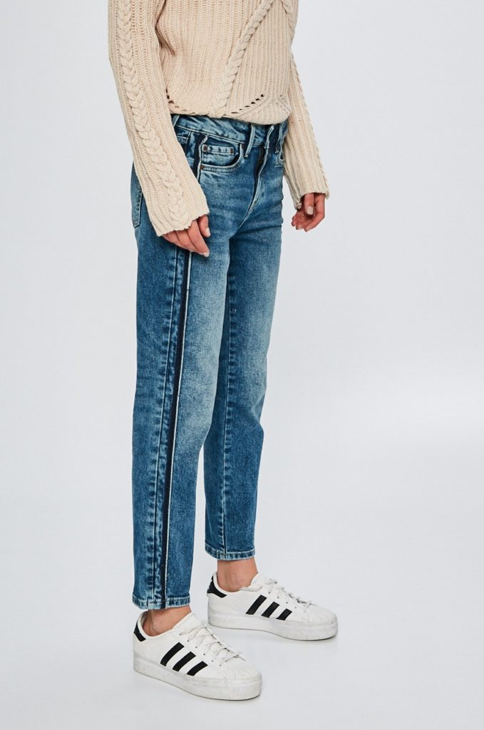 Jeansi albastri boyfriend originali de firma Pepe Jeans din denim abrazat