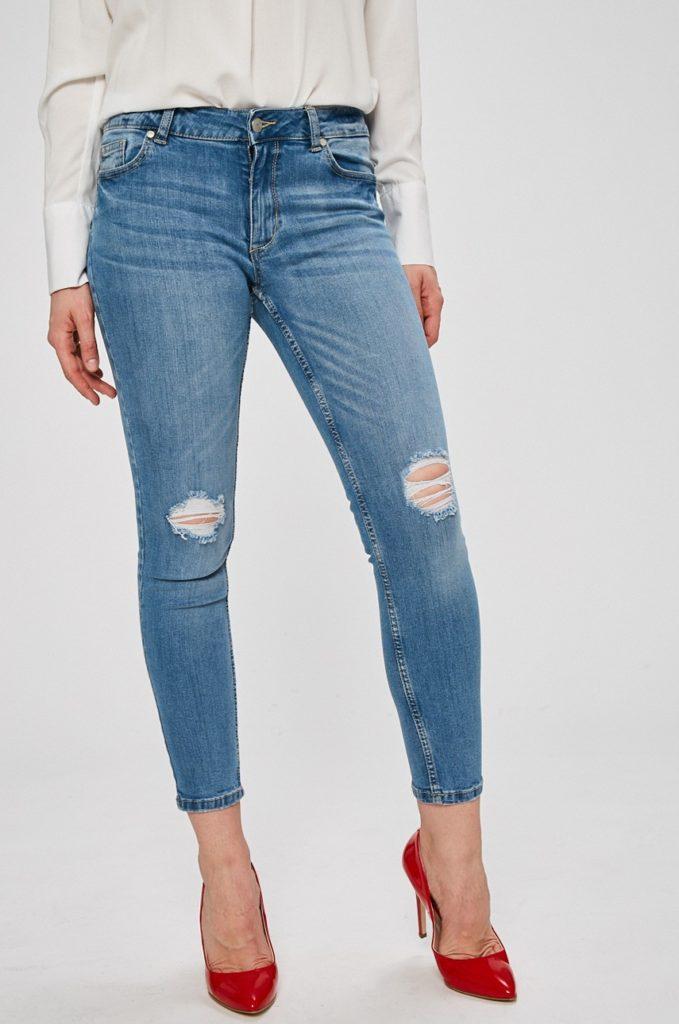 Jeansi dama albastri SH cu fason skinny cu talia regulara din denim spalacit cu taieturi in genunchi